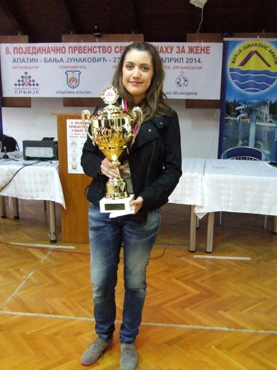 jovana_vojinovic_sampionka2014