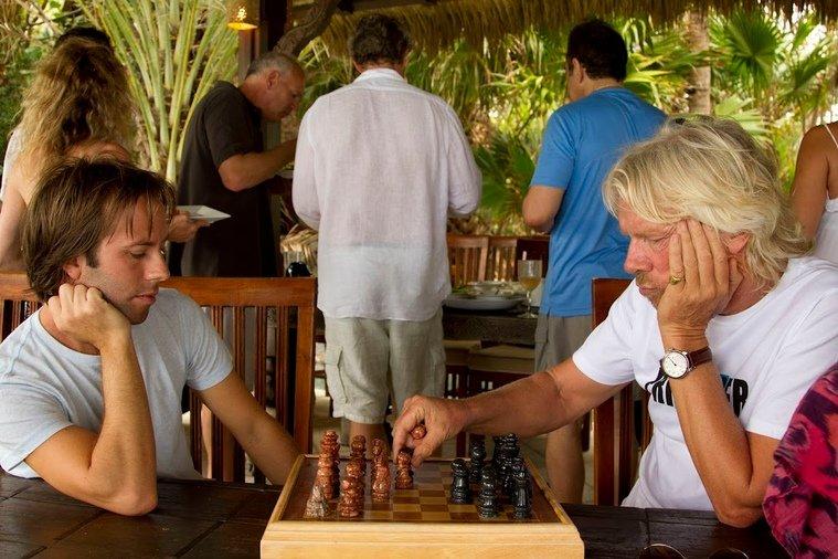 richard_chess_move