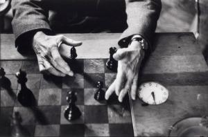 Marcel Duchamp's hands, New York City, 1959-60/ Alexander Liberman /sc