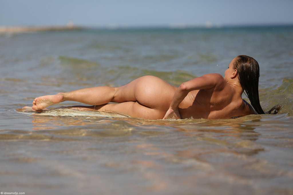 Jo-Monica-Sweet-Surfs-Beach-Nude-Brunette-8.jpg