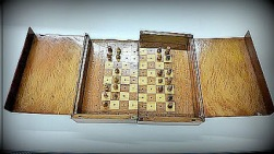 Lasker's travelling chess set.