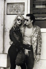 Nicholas and muse Laura Dem from 'Wild at Heart'. http://filmconnoisseur.blogspot.pt/2013/11/wild-at-heart-1990.html