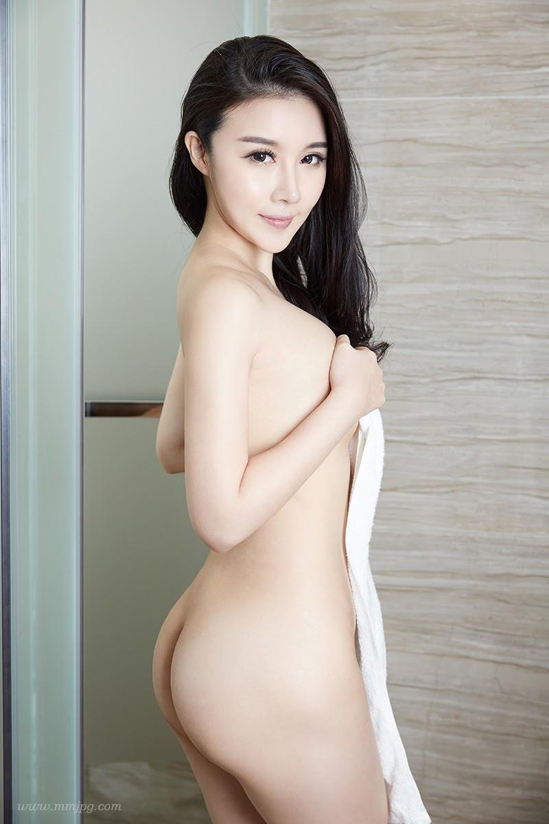 Cecilia  http://xiuren.com/u/91904957/taotuDetail/1089
